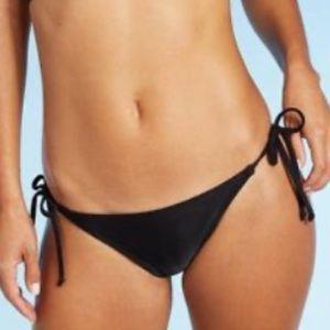 NWT Juniors' String Bikini Bottom - Black